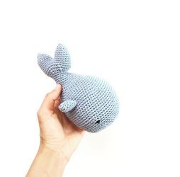 Ballena sonajero crochet
