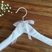 Percha personalizada vestido novia hecho a mano