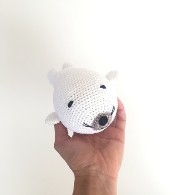 Knitting is cool patrón foca amigurumi cuerpo