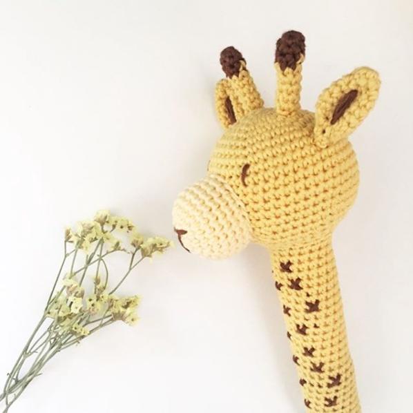 Tali la jirafa amigurumi Knitting is cool