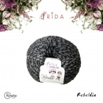 Frida Rosas Crafts Rebeldia lanas